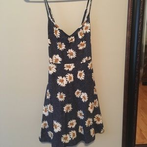 Urban Outfitter summer dress with daisy pattern.